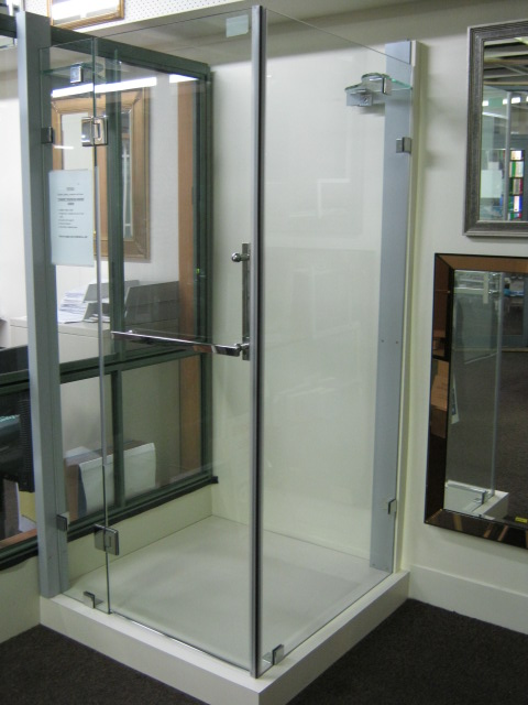 Frameless 10mm Toughened Shower Screen